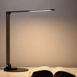 Лампа Remax RL-LT05 LIFE Re-Vision Series Folding LED Lamp